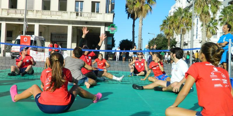 Sitting Volley - Esibizione Piazza Salotto (8)